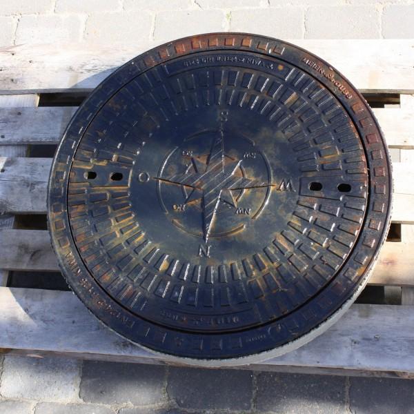 Kanaldeckel B125 Motiv Windrose befahrbar